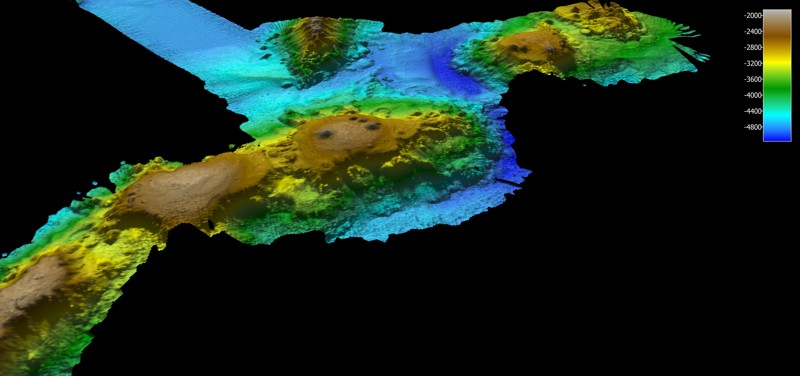 Mapeo multihaz de cadena de montaje submarino