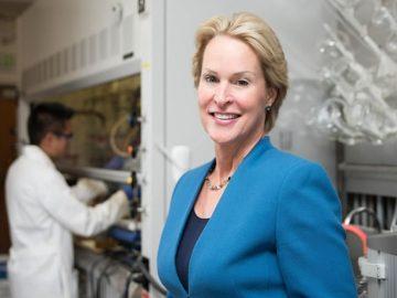 Frances Arnold: Forjando un difícil camino hacia el Premio Nobel de Química 2018