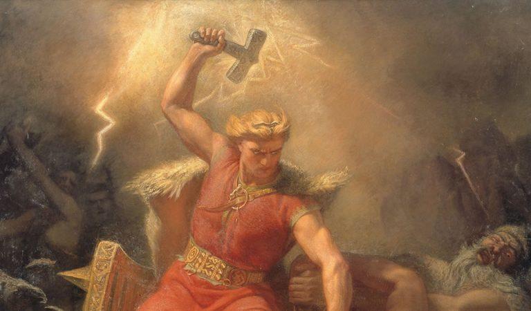 Hallan un «Martillo de Thor» de la era Vikinga en Islandia