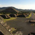 Hallan una cámara subterránea y un «pasaje al inframundo» debajo de la Pirámide de la Luna en Teotihuacán