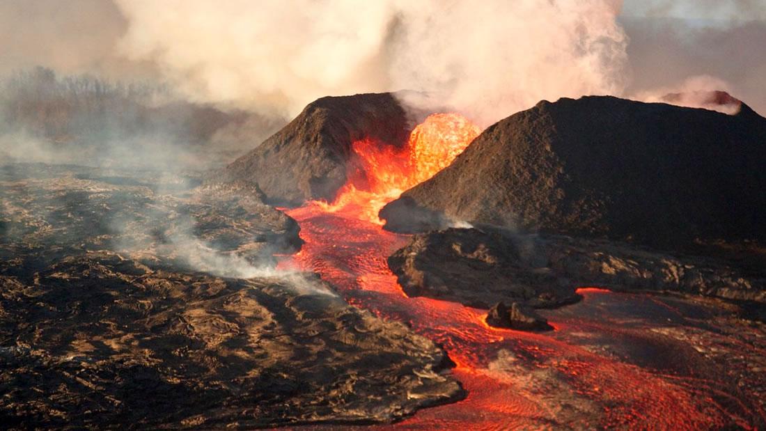 Servicio Geológico de EE.UU. advierte que 18 volcanes representan un riesgo «muy alto»
