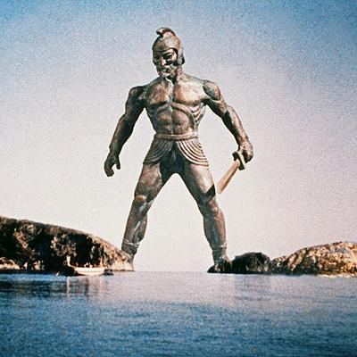 Talos en la película «Jasón y los argonautas». Según los mitos griegos, Talos era una gigantesca máquina creada porHephaestus (Hefesto), el dios de los artesanos y metalúrgicos