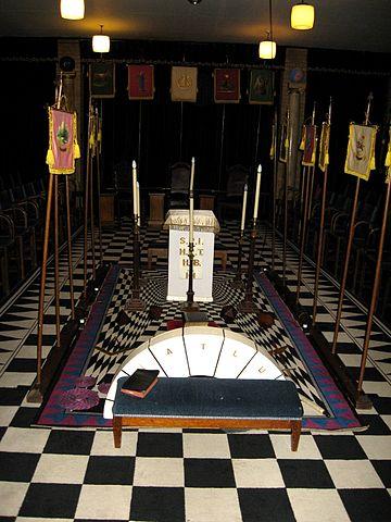Sala arreglada para el Rito del Santo Arco Real