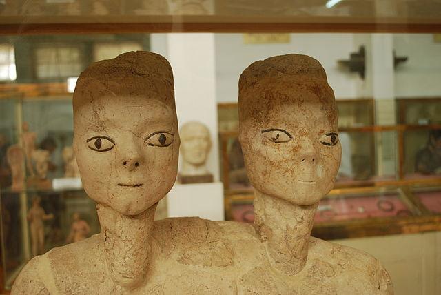 Estatuas de Ain Ghazal con «doble cabeza», en el Museo de Jordania