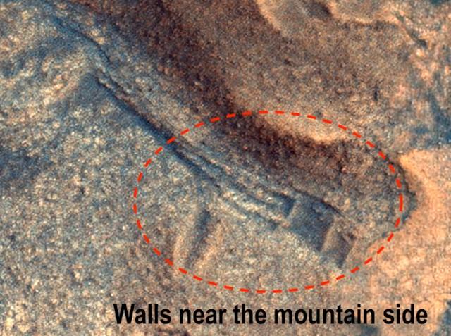 Según Waring, la imagen muestra una estructura artificial en Marte