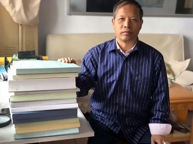 Li Jianmin, el autor de ciencia ficción e investigador de ovnis que reveló el «cráneo»