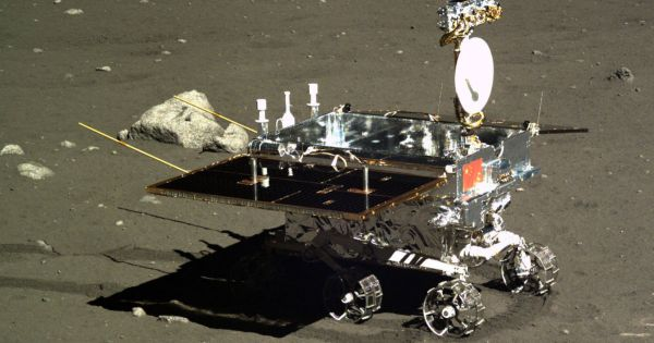 Rover Chang'e 3 en la Luna.