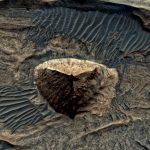 ¿Es esto una pirámide de tres lados sobre la superficie de Marte?