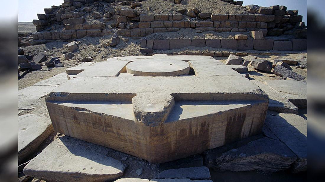 Los Templos Solares de Abu Gurab, ¿puertas estelares?