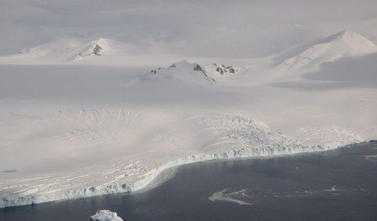 Perforarán capas de hielo de la Antártida que esconden un lago milenario