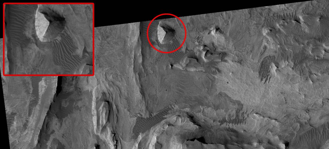 Resultado de imagen para pirámide en Marte mro