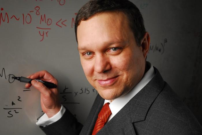 Avi Loeb, jefe del Departamento de Astronomía de la Universidad de Harvard