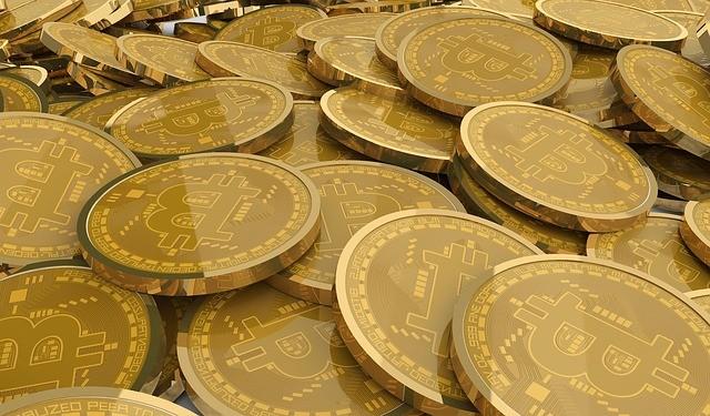 Los hackers han pedido un millonario «rescate» en bitcoins, para no revelar la información