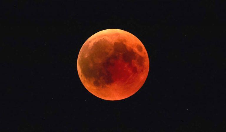 ¿Cómo y a qué hora ver el eclipse lunar de hoy 20 de enero?