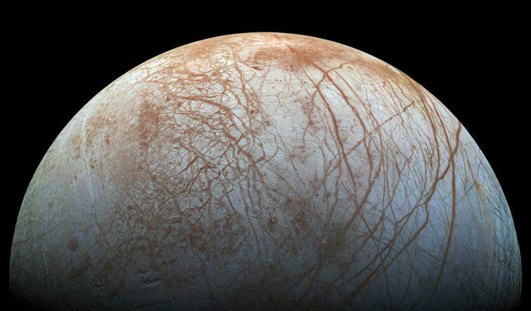 Las lunas de Júpiter y Saturno podrían tener maremotos similares a los de la Tierra