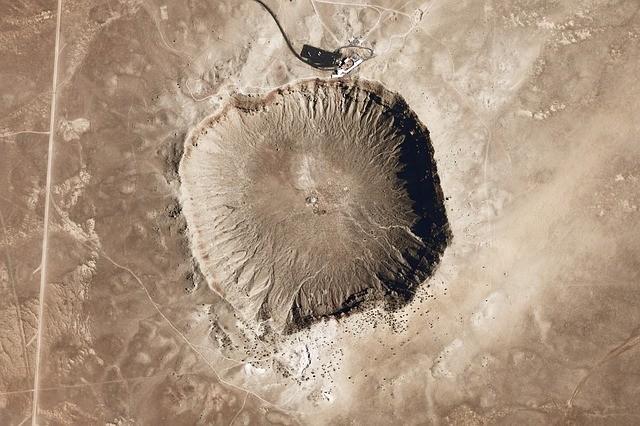 Vista aérea de un cráter de meteorito en Arizona