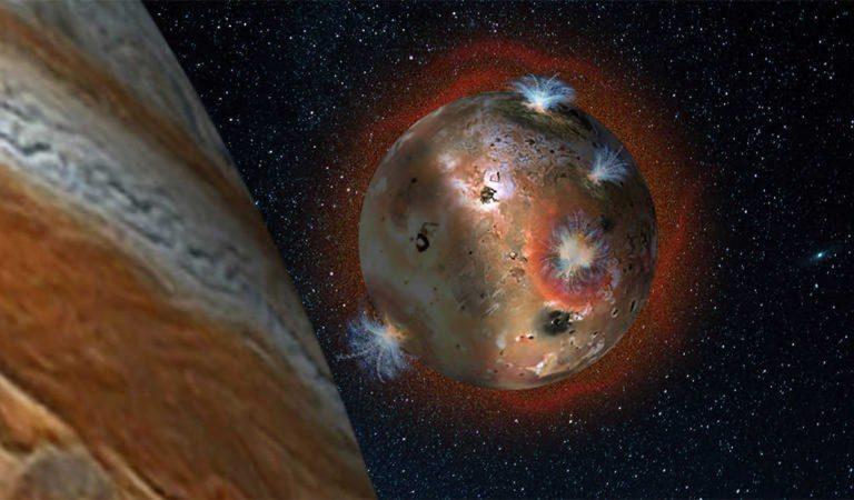Misión Juno captura imágenes de penachos volcánicos en la luna Io de Júpiter