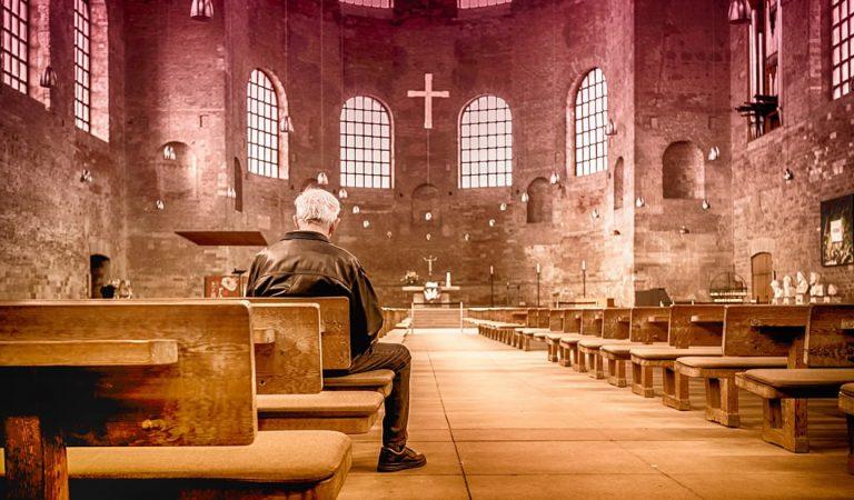 Por qué las personas son religiosas, según un experto en psicología