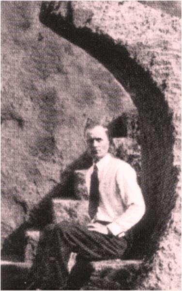Edward Leedskalnin y un gesto revelador, develando su pertenencia masónica