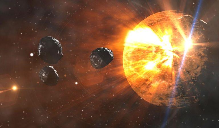 Asteroides que colisionaron con la Tierra formaron los continentes, afirman científicos