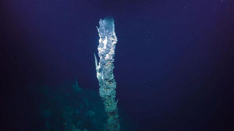 Astrobiólogos de la NASA recrean los orígenes de la vida en alta mar en laboratorio