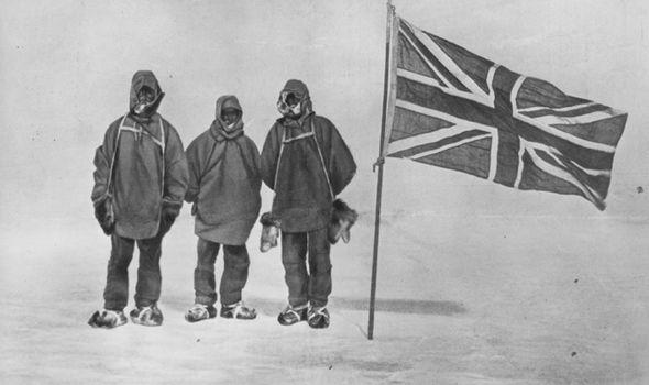 Militares británicos en la Antártida. ¿Hallaron una supuesta base nazi?