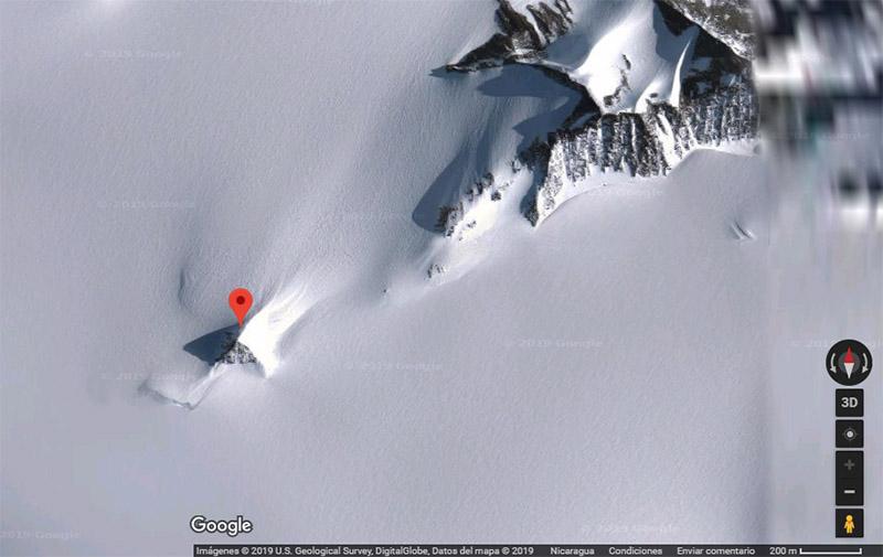 Toma de pantalla de Google Maps. Coordenadas: 79°55'36.11″S 81°59'53.26″W.