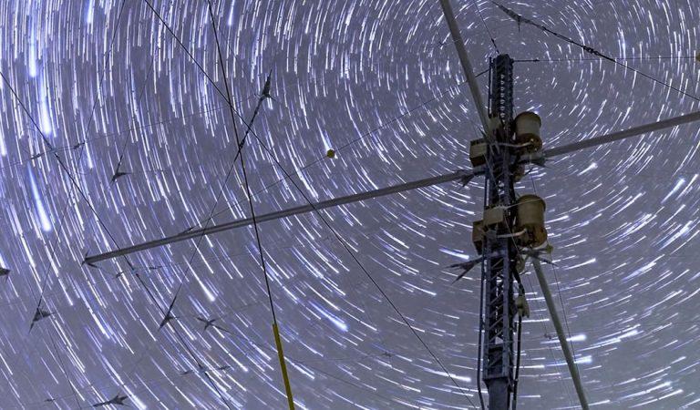 Vídeo muestra el impresionante cielo sobre la instalación de HAARP en Alaska
