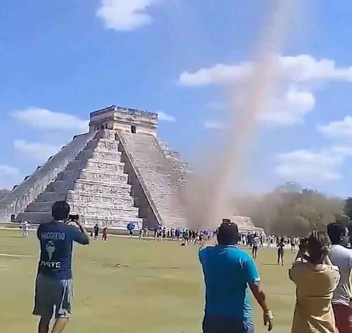 Sorprendentes imágenes del tornado ocurrido en Chichén Itzá