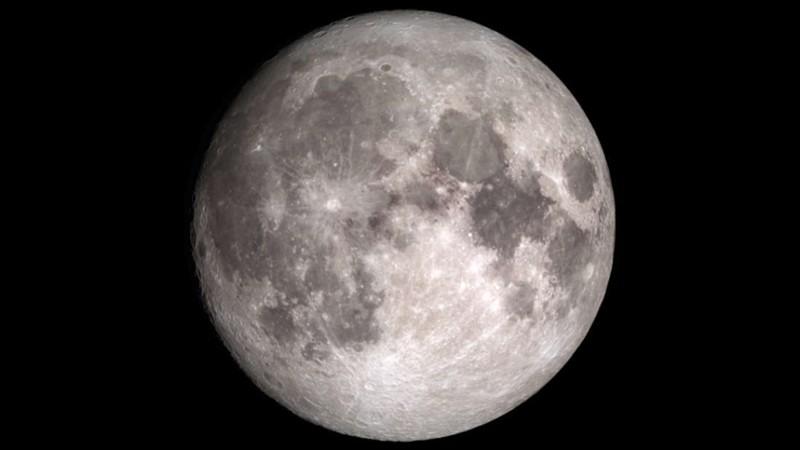La Luna posee grandes cantidades de agua esperando por ser extraídas