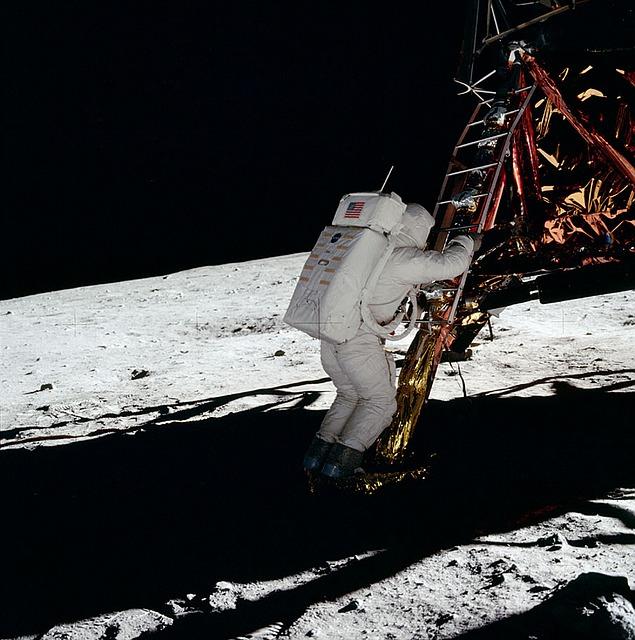 La NASA tiene un nuevo desafío: llegar a la Luna en los próximos 5 años.