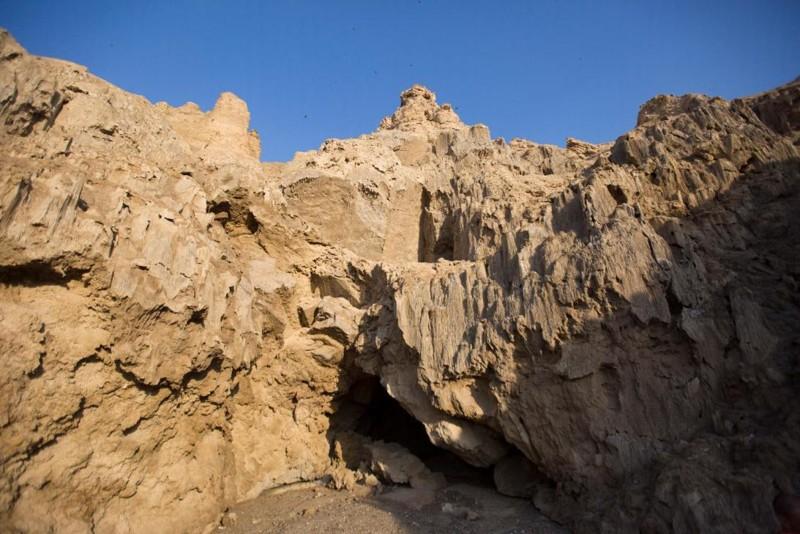 Salida principal de la cueva de Malham