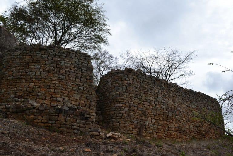 Ruinas del Gran Zimbabwe, definidas como el Machu Picchu de África