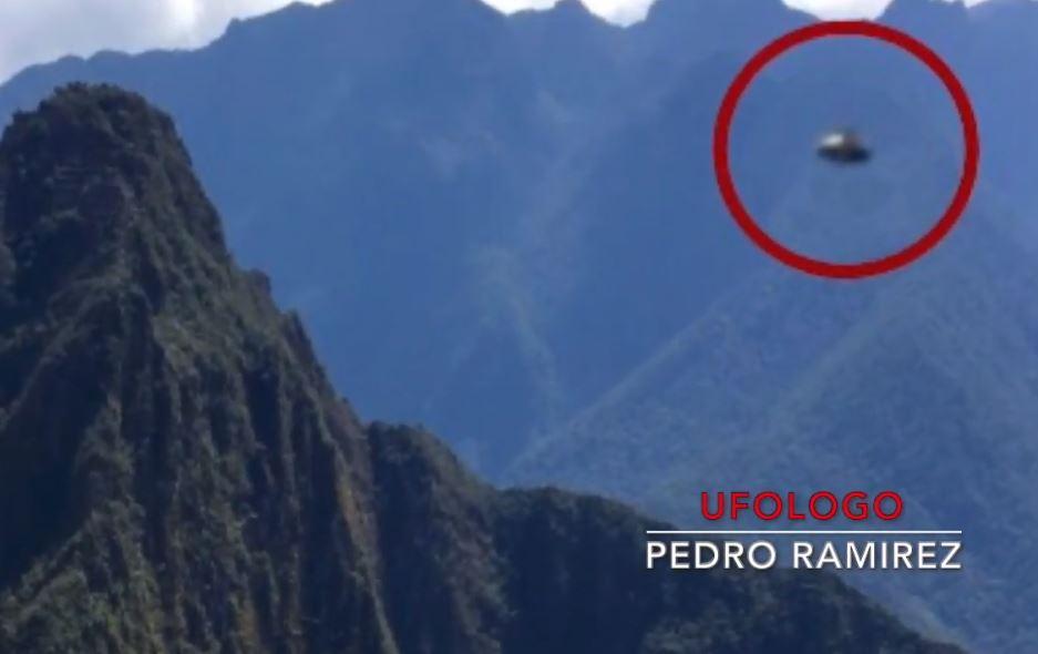 Otra toma del OVNI en Machu Picchu