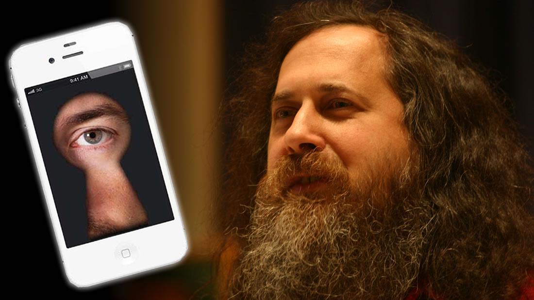 Smartphones espían y transmiten nuestras conversaciones, afirma el padre del software libre