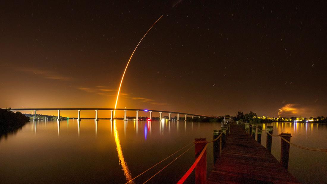 SpaceX lanza su nueva cápsula «Crew Dragon» hacia la Estación Espacial Internacional