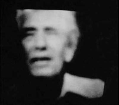 Psicoimagen de Friedrich Jürgenson que apareció en la pantalla del televisor de sus amigos Claude y Ellen Thorlin, durante el entierro del propio Jürgenson