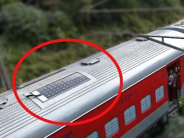 El tren contará con paneles solares en el techo