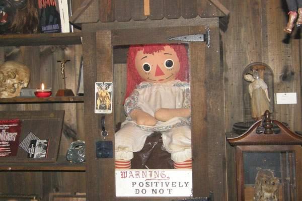Annabelle, la muñeca maldita y protagonista de la película El Conjuro