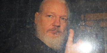 EE.UU. pretende acusar a Assange de espionaje y podría aplicar la pena de muerte