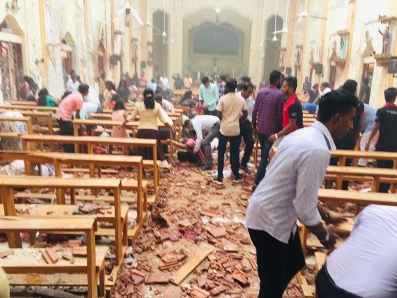 La iglesia de St.Sebastian tras el ataque bomba en Sri Lanka