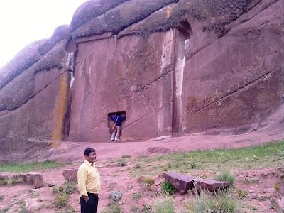 La misteriosa Hayumarka, la puerta de los Dioses. Puno, Perú, 2010