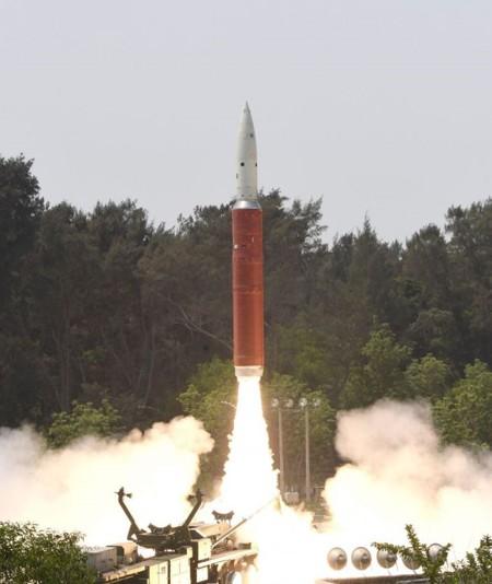 La Press Information Bureau de India, tuiteó esta imagen de la «Misión Shakti» el miércoles (27 de marzo), que representa el primer lanzamiento de prueba de un arma anti-satélite en el país