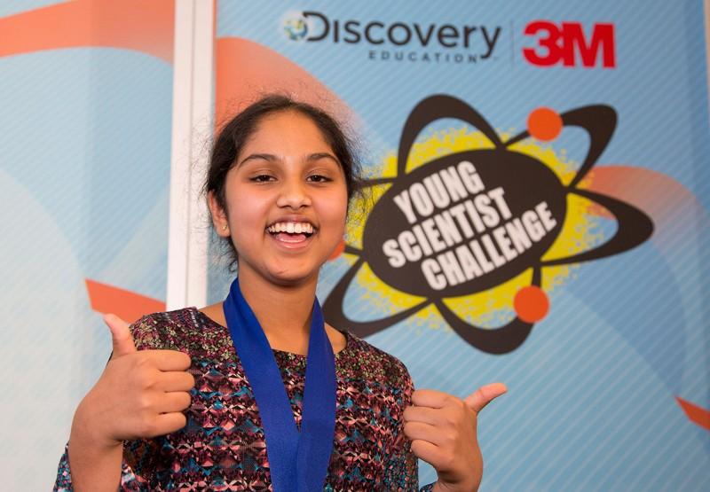 Maanasa Mendu, ganadora del primer premio del Discovery 3M Young Scientist Challenge