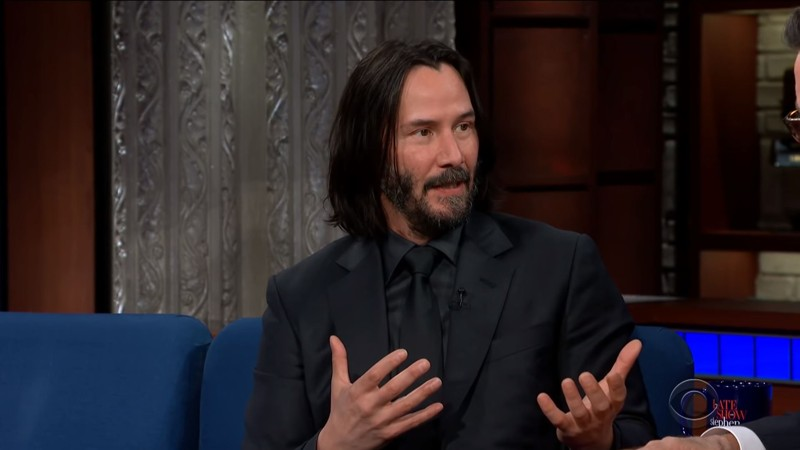 Keanu Reeves en el programa The Late Show with Stephen Colbert