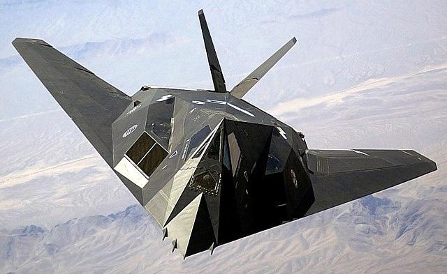 El F-1117 Nighthawk