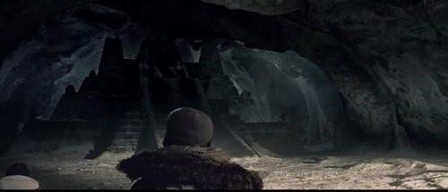 Alien vs Depretator, film de 2004, revelando la existencia de una antigua ciudad perdida en la Antártida