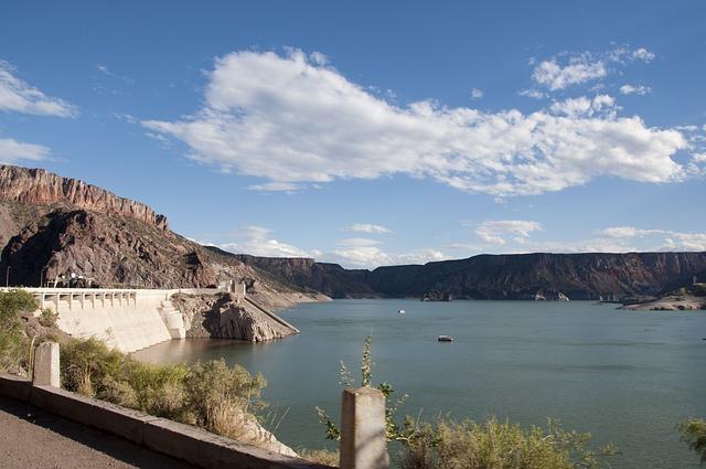 Las represas mal ubicadas causan que los ríos dejen de fluir libremente