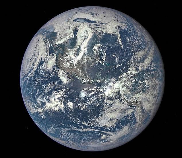 El impacto humano en la química y el clima de la Tierra ha acortado la época geológica de 11.700 años conocida como el Holoceno y ha dado paso a una nueva. El Antropoceno, o «nueva era del hombre», comenzaría a mediados del siglo XX