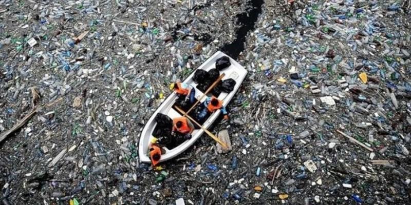 Nuestros océanos totalmente contaminados por enormes cantidades de plástico